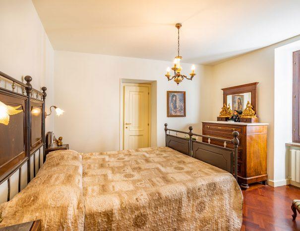 camera-principale-appartamento-assisi